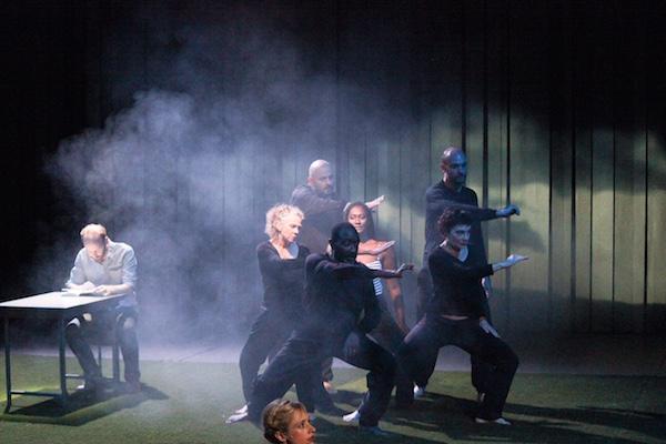 Théâtre : « Le bizarre incident du chien pendant la nuit